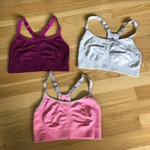 Set of 3 sports bras